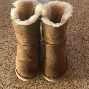 Toddler Bailey Bow Uggs